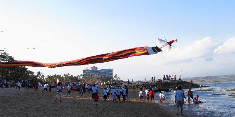 воздушные змеи Бали
