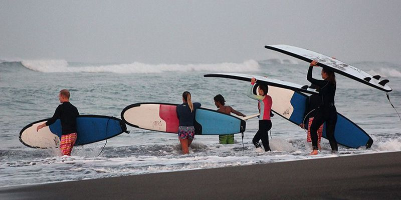 surf camp Canggu